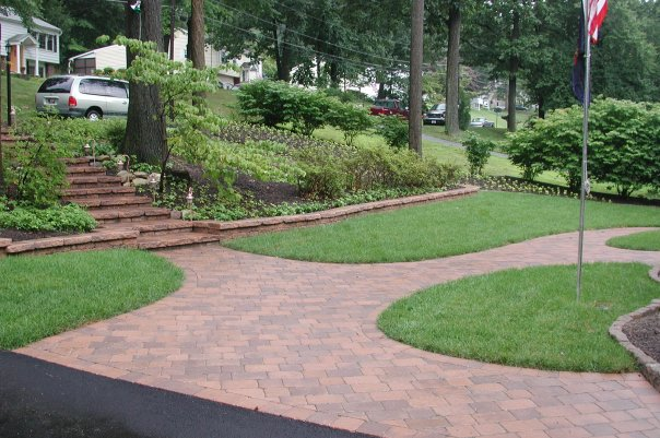 Buckwalter Landscaping near Reading, PA  - walkway construction