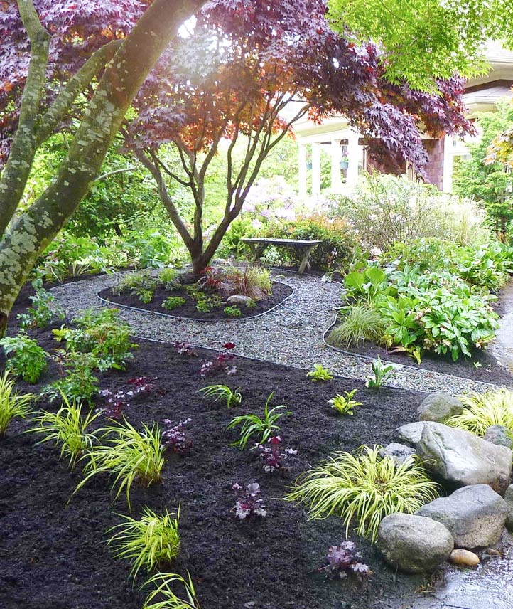 Landscape Design, Reading, PA - Decorative Stone and Mulch